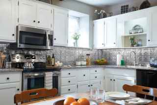 Kitchen with Stainless Steel Backsplash